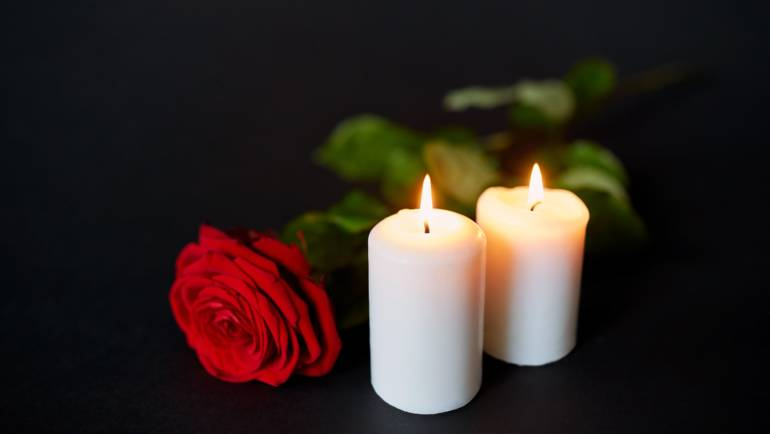 (English) Major Differences between Burial and Cremation Services in Miami