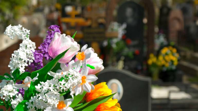 (English) Essential Tips on Selecting Funeral Flowers in Miami for a Remembrance Arrangement